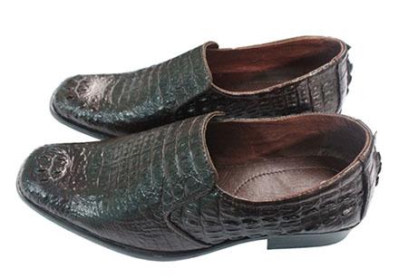 Giày nam làm bằng chất liệu da cá sấu